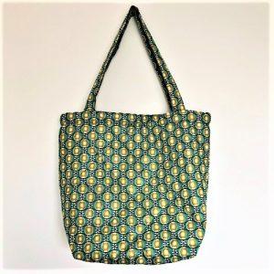 Shopper Filla i quiltet stof med fint turkis mønster - fra Mitomito