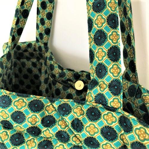 Shopper Bella med fin guldfarvet trykknap - fra MitoMito