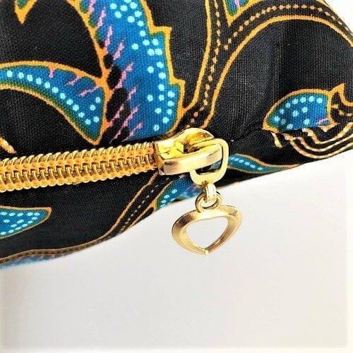 Pude Larissa med fin guldfarvet lynlås - Mitomito