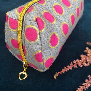 Makeup-pung Fanny med glimmer og guldlynlås fra Mitomito