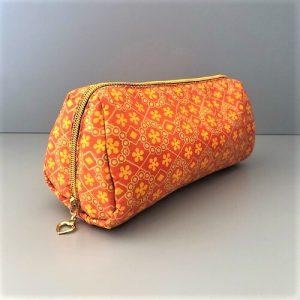 Makeup med orange print fra Mitomito-pung Sonia