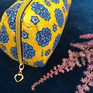 Makeup-pung Maggie med glimmer og guldlynlås fra Mitomito