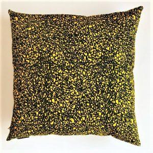 Pude Amina 58x58 cm i skøn gul farve fra Mitomito