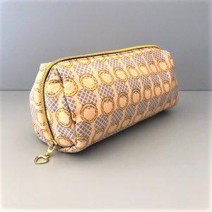 Makeup-pung Lilli i beige, lyseblå med guldglimmer fra Mitomito