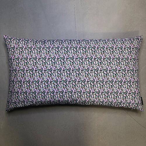 Pude Mille 50x90 cm med lyserøde blomster fra Mitomito
